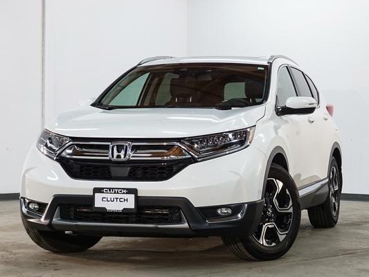 White Honda CR-V Touring
