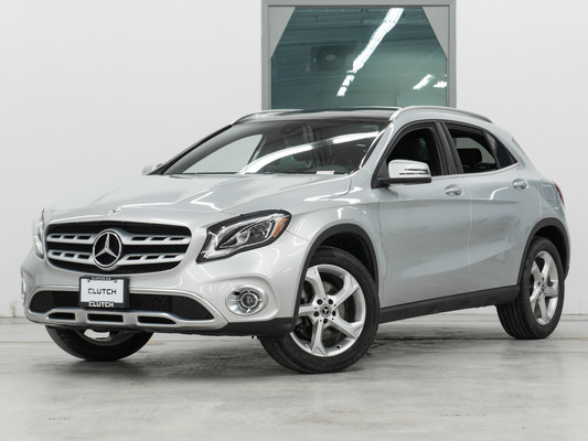 White Mercedes-Benz GLA 250 4MATIC AWD