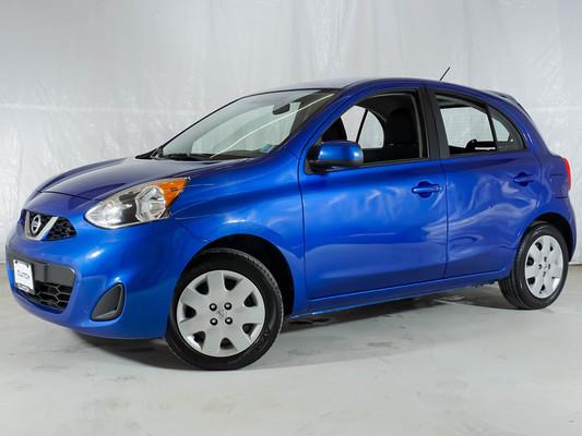 Blue Nissan Micra SV