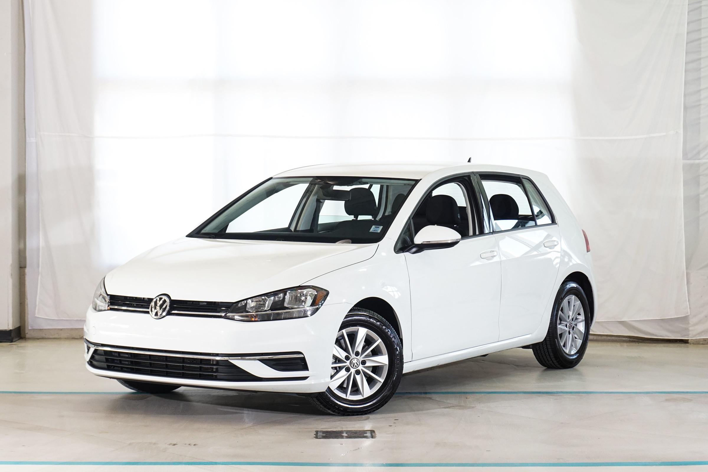 White Volkswagen Golf Comfortline