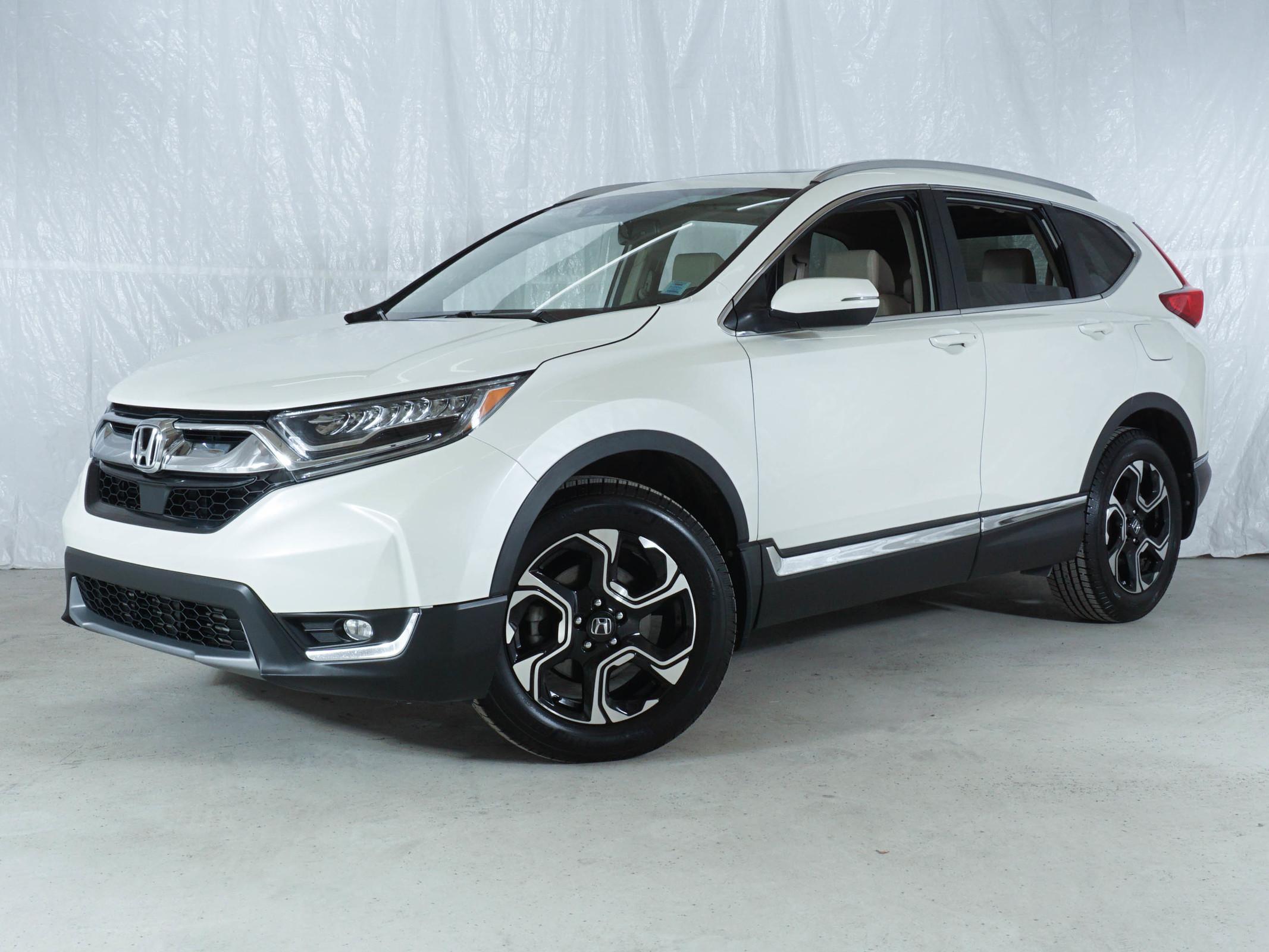 White Honda CR-V Touring AWD