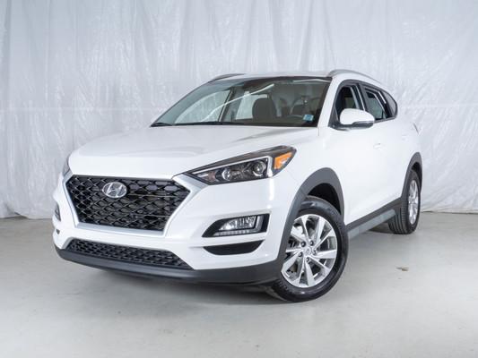 White Hyundai Tucson Preferred