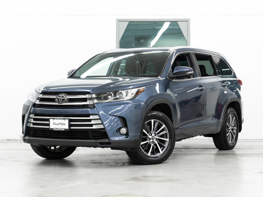Blue Toyota Highlander XLE AWD